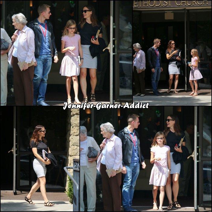 Jen et les enfants sont allés à l'église - le 7 Août -