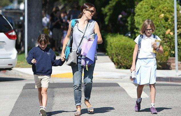 Jen a été chercher les filles à l'école - le 6 Septembre -