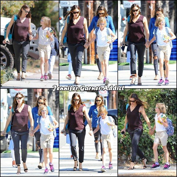 Jen a été chercher Violet à l'école - le 8 Septembre -