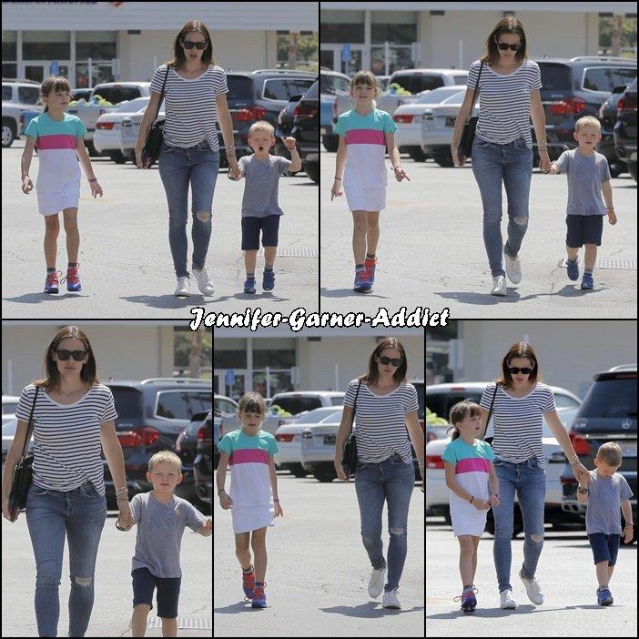 Jen, Séraphina et Samuel ont été faire des courses - le 10 Septembre -