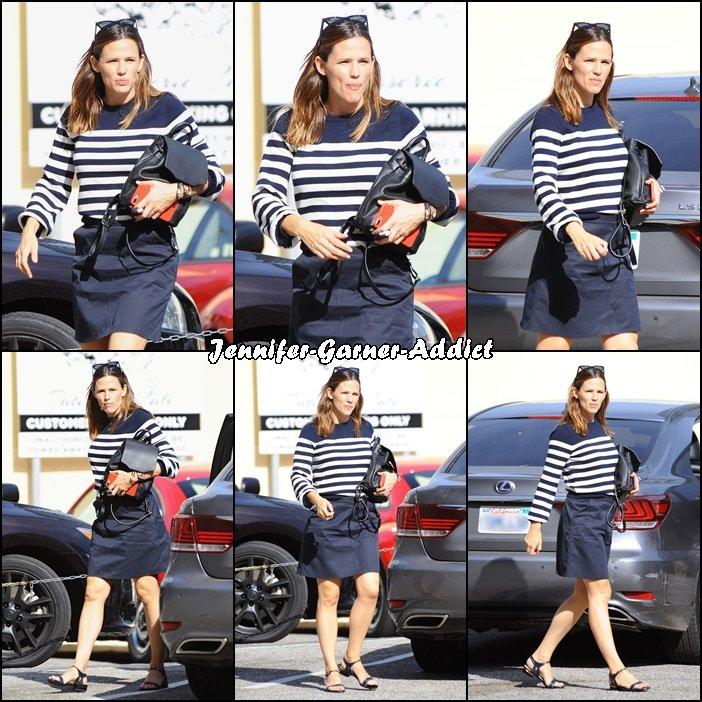 Jen se rendant à un rdv - le 7 Octobre -
