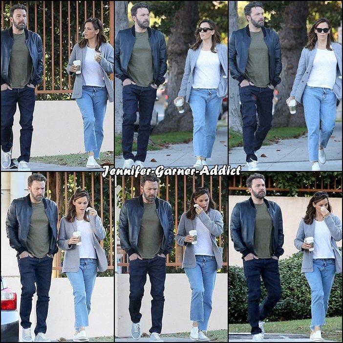 Jen et Ben sont allés amener Violet et Séraphina à l'école - le 10 Octobre -