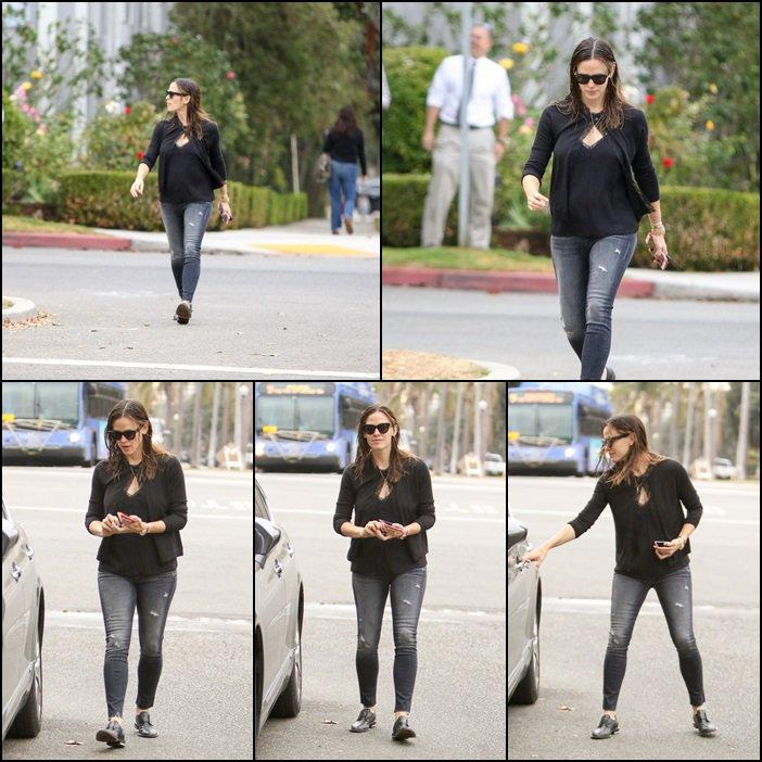Jen a été chercher les filles à l'école- le 13 Octobre -