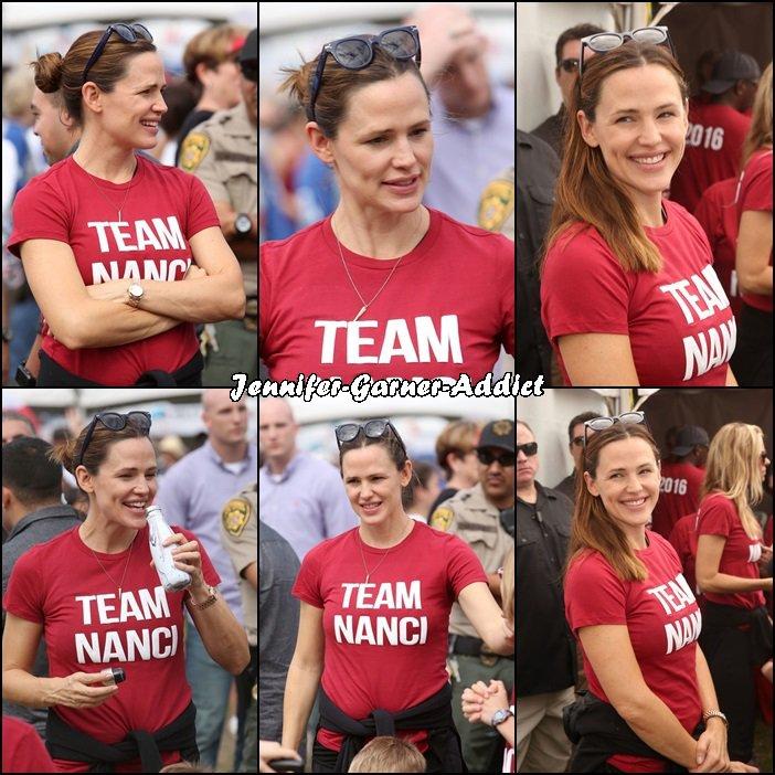 Jen et plusieurs célébrités ont participé à la marche pour l'association ALS - le 16 Octobre -