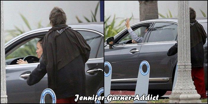 Jen à Santa Monica - le 12 Décembre -