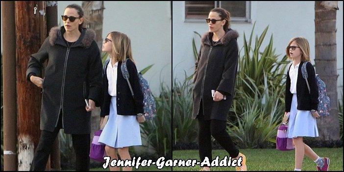 Jen a été amener les filles à l'école - le 14 Décembre -
