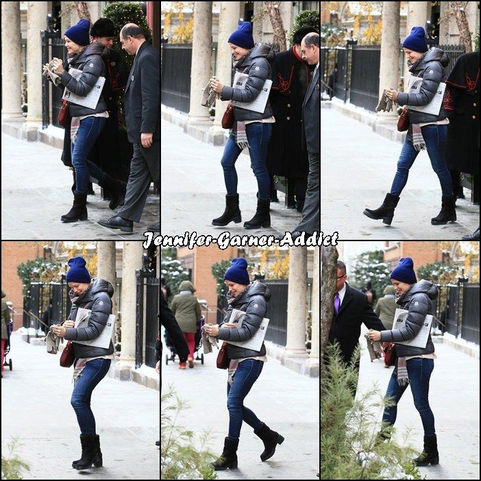 Jen est toujours à New York - le 9 Janvier -