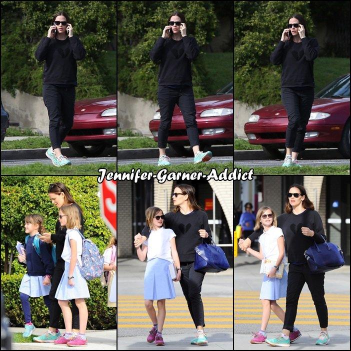 Jen a été chercher les filles à l'école - le 2 Mars -
