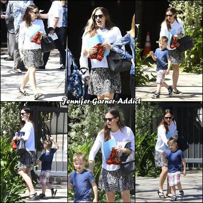 Jen et les enfants sont allés à l'église - le 2 Avril -