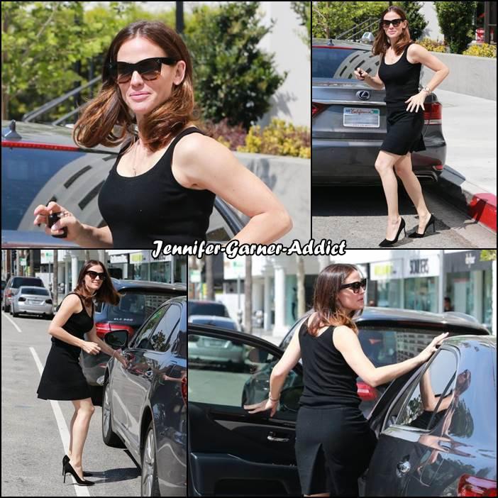 Jen sortant de chez le coiffeur - le 11 Avril -