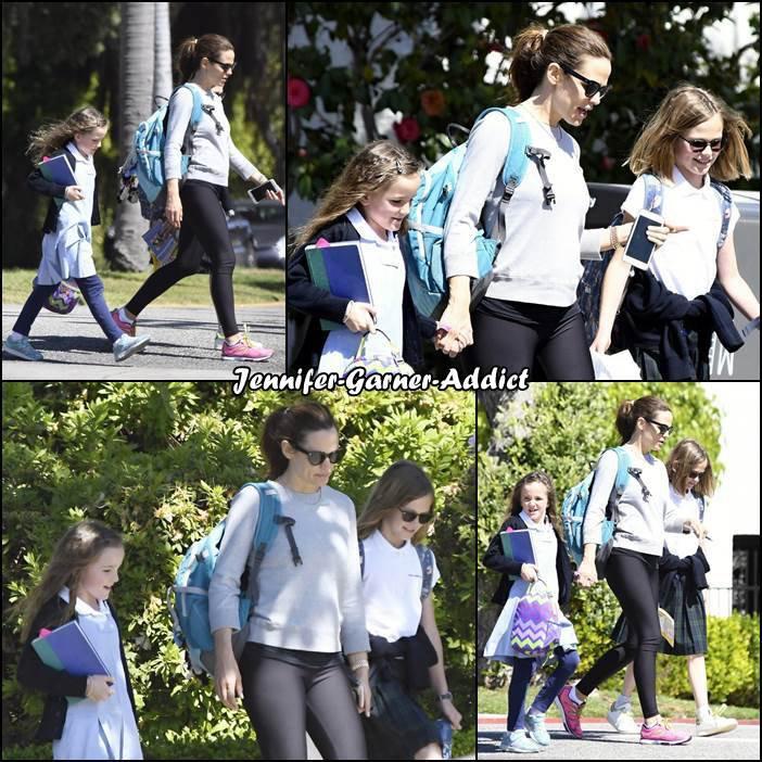 Jen, après son cours de gym, a été chercher les filles à l'école - le 20 Avril -