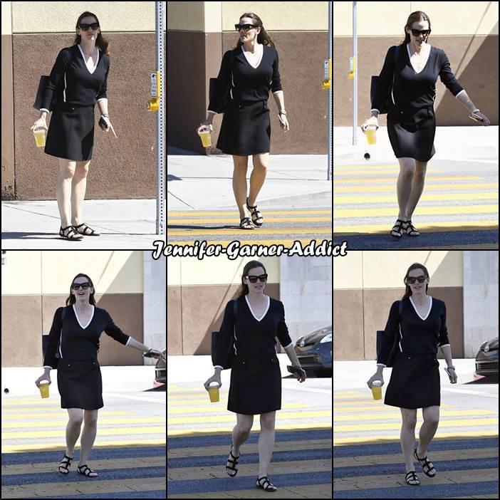 Jen sortant d'un rdv - le 1er Mai -