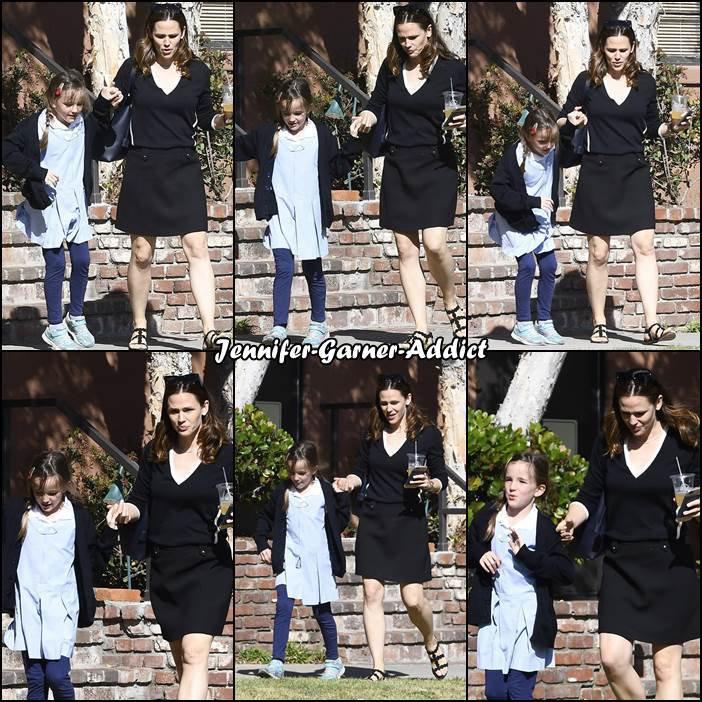 Jen a été chercher les filles à l'école - le 1er Mai -
