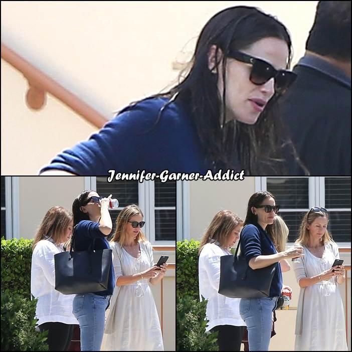 Jen a été chercher les filles à l'école - le 3 Mai -
