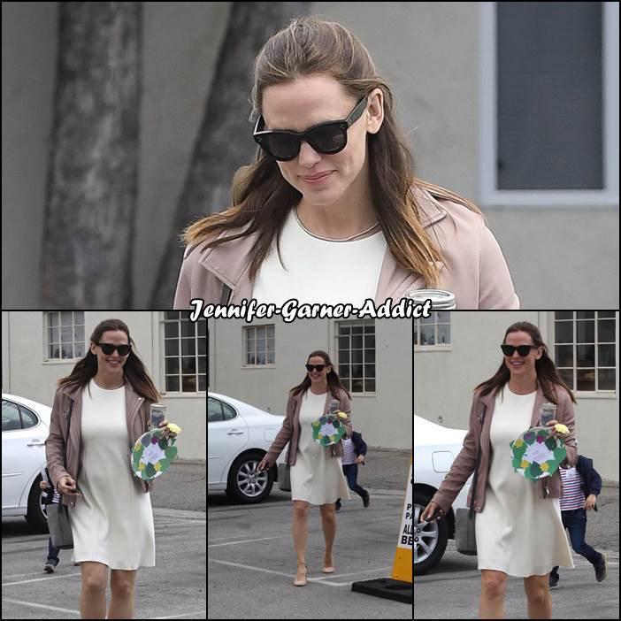 Jen est allée à l'église et le 14 Mai est le jour de la fête des mères aux Etats Unis - le 14 Mai -