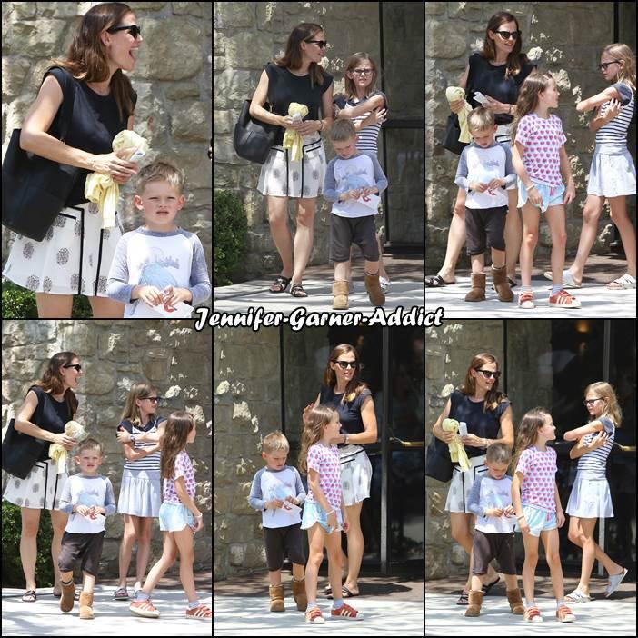 Jen et les enfants sont allés à l'église - le 9 Juillet -