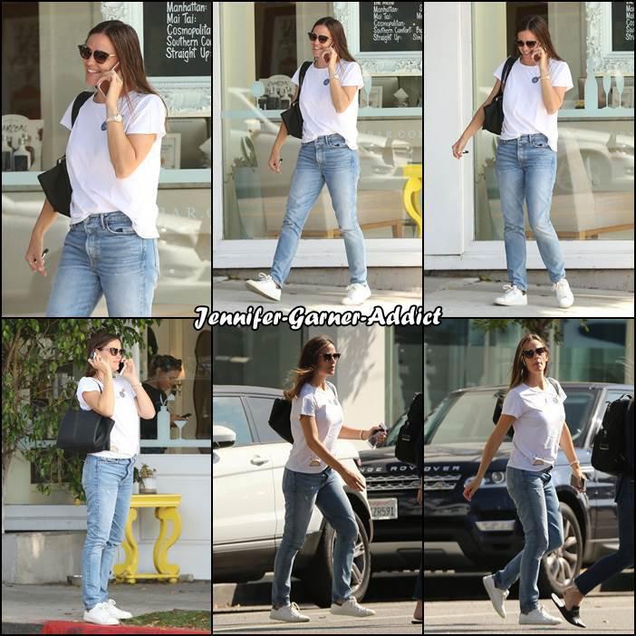 [/Jen dans les rues de LA - le 14 Aout - size]