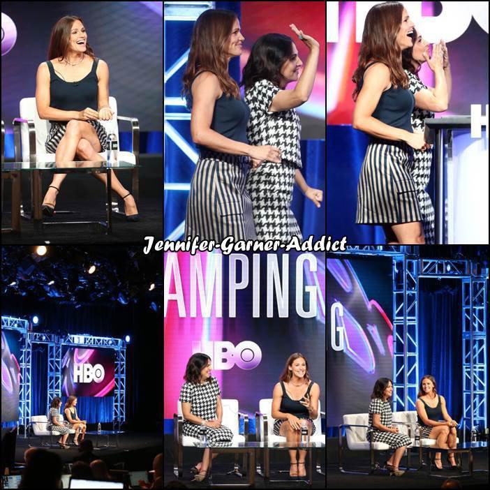 """Jen a été présenter son prochain film 'Camping"""" tourné dernièrement durant the HBO portion au Summer 2018 TCA Press Tour au The Beverly Hilton Hotelon à Beverly Hills - le 25 Juillet -"""