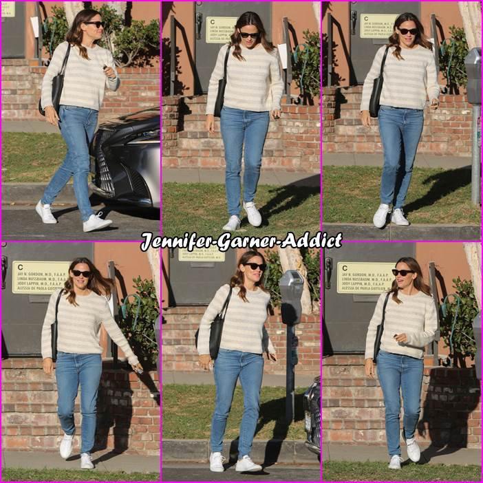 Jen sortant de chez le médecin - le 3 Novembre -