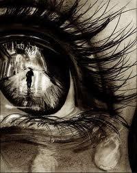 """. . """"La fenêtre de mon âme s'ouvre sur la douleur de mon coeur."""" -Sometimes. ."""