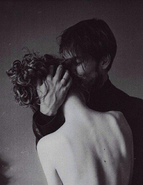 . . Amour : personne convoité par tous.. .