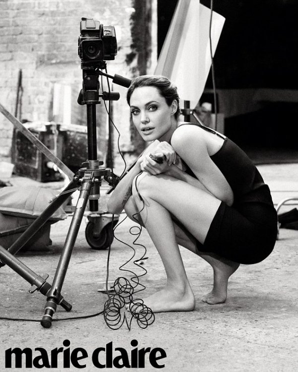 Angelina Jolie pose pour Marie Claire ♥
