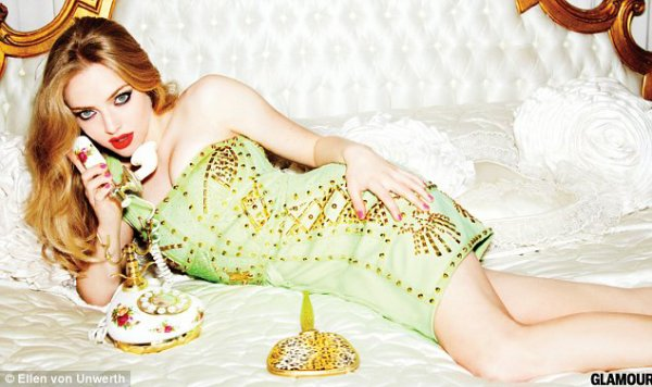 Amanda Seyfried pose pour GLAMOUR ♥