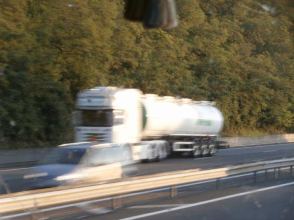 Scania R 730 V8 semi citerne