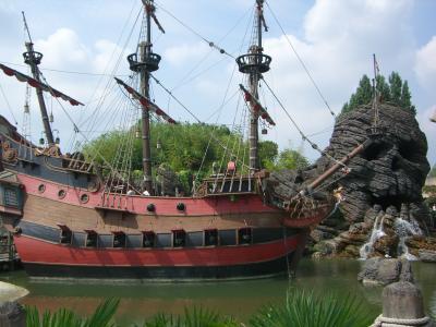 Le bateau de pirates des caraibes tagazok a toi ma soeur - Image bateau pirate ...