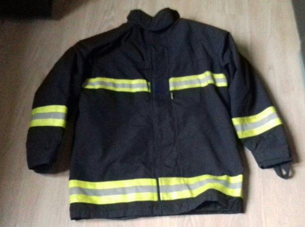 Tenue de feu pompiers de l air