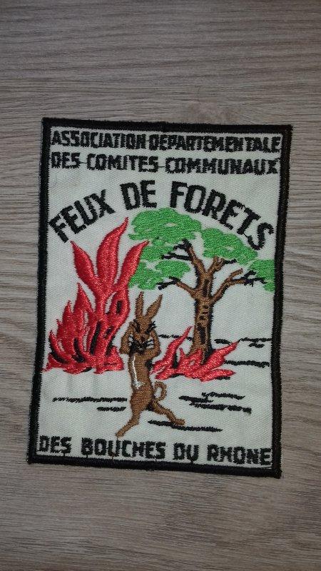 Ecusson des comités communaux feux de foret des bouches du rhone
