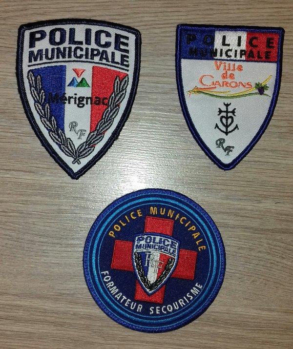 Ecusson de la police municipale de Garon Merignac et ecusson de formateur secourisme.