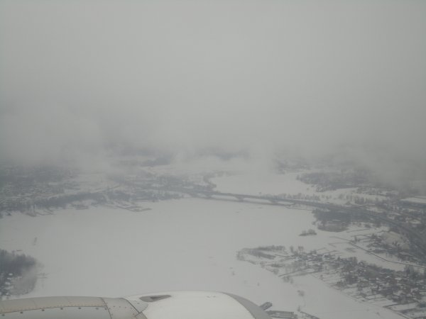 Une arrivée sous la neige!