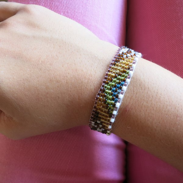 Bracelets perles brodées