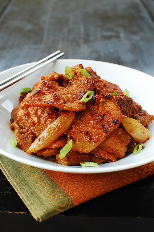 """"""" Dwaeji Bulgogi ( Barbecue de Porc Coréen ) ( Recette Spécial Cuisine du Monde ) """""""
