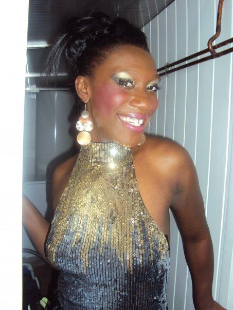 KenneDy La GlamOur vs sOuhaite Une tres bOnne Année !!!