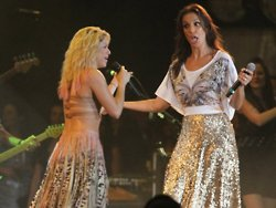 Dançando (Ivete Sangalo feat Shakira) / Dançando [Feat. Shakira] (2012)