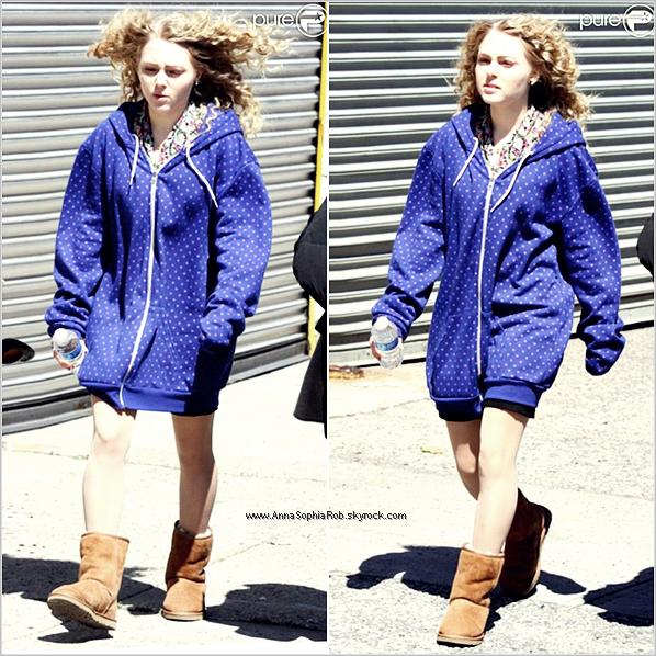 Sur le tournage de TCD à New-York, ce 5 Avril 2012.