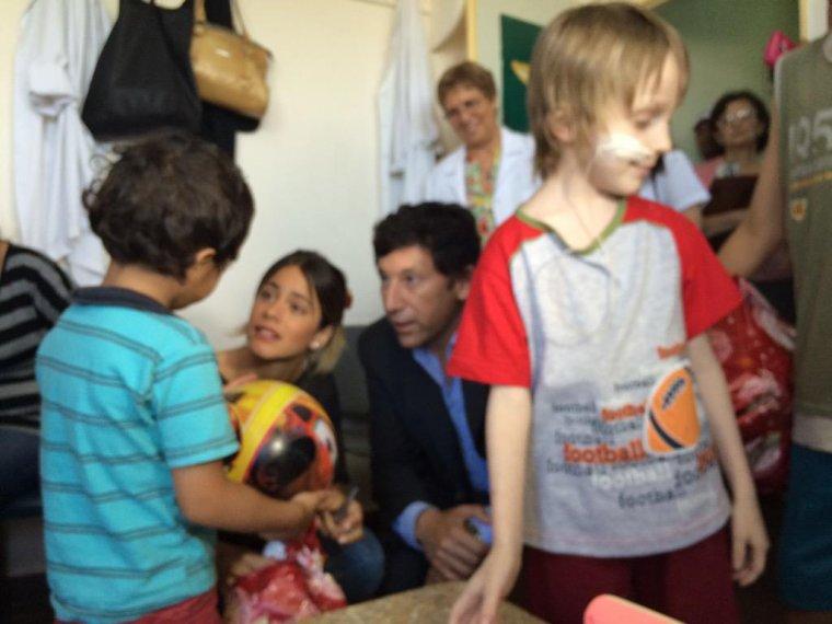 Tini dans un centre pour les enfants malades ....... trop de coeur ♥♥♥