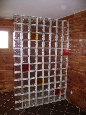07 02 2009 naissance d 39 une maison en parpaing de bois - Cloison de douche en verre ...