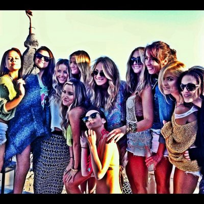 02.07 – Selena à l'anniversaire d'Ashley Tisdale