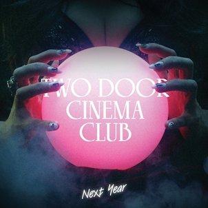 TWO DOOR CINEMA CLUB - Beacon (septembre 2012)