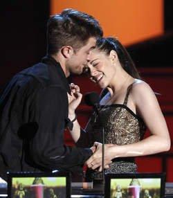 Rumeur : Robert Pattinson a largué Kristen Stewart