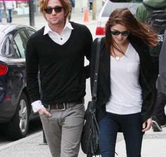 Rumeur ?!?  Ashley Greene et Jackson Rathbone en couple ?