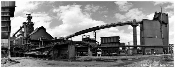 Haut-fourneau B et tour à charbon