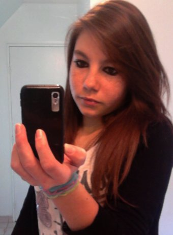 Alicia - 16 ans .