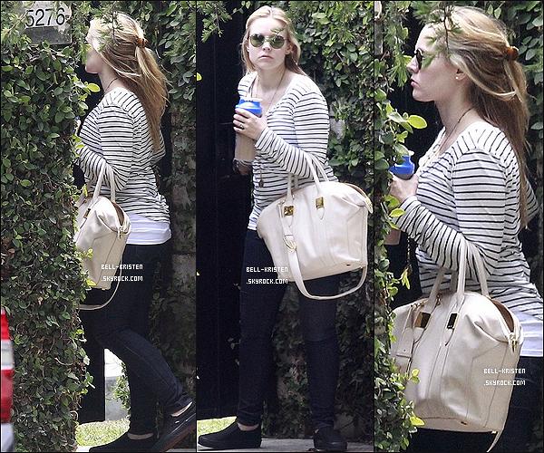 16 Mai  :  Kristen Bell a été vu quittant son domicile pour aller dans los angeles, top ou flop ?