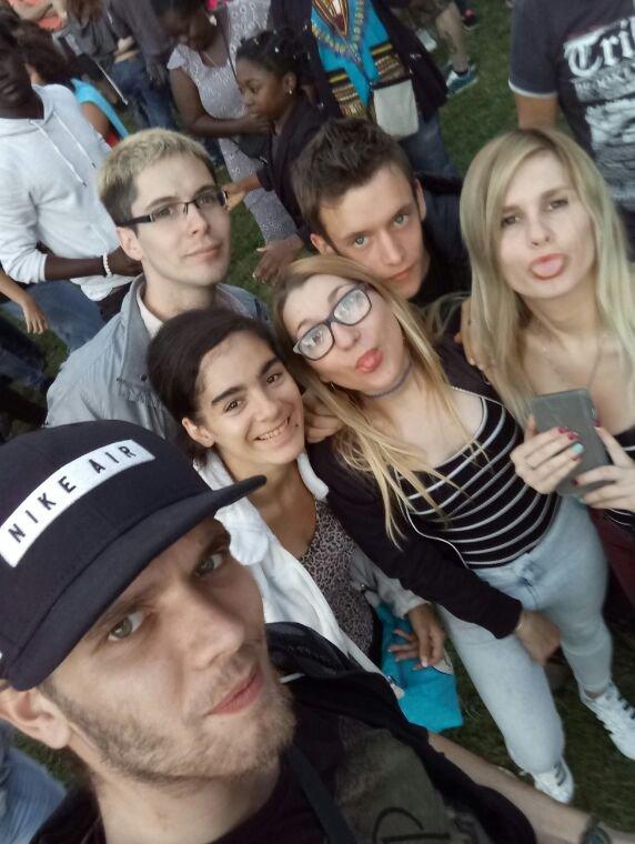 Belle photo de groupe