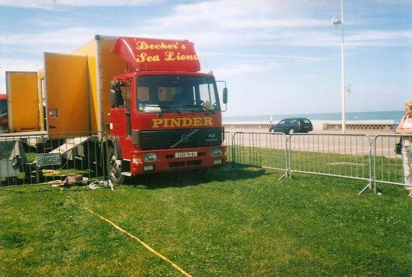 PINDER DIEPPE 2002  CONVOI