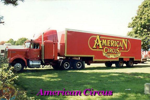 AMERICAN CIRCUS CONVOI